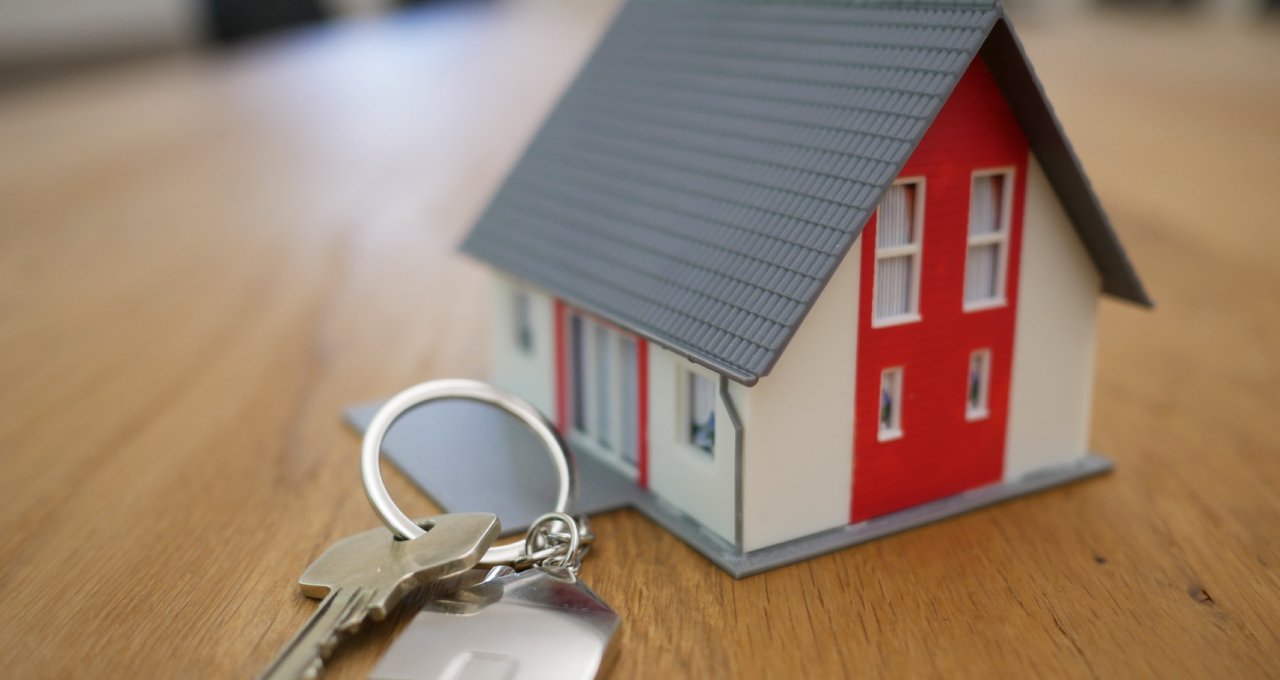 سرمایه گذاری در بازار املاک و مستغلات - مدیریت ثروت مانو